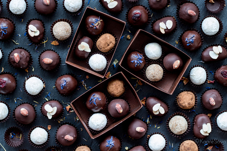 2c28facfb88 Isetehtud trühvlitega täidetud karbike on armas ja eriline kingitus,  millega lähedasi või sõpru jõuluajal üllatada. Vali Nami-Nami retseptide  hulgast välja ...